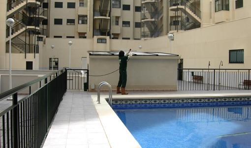 Empresas de limpieza elche empresa de limpieza alicante for Empresas mantenimiento piscinas