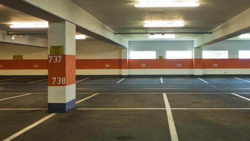¿Cada cuanto es recomendable la limpieza del garaje de la comunidad?